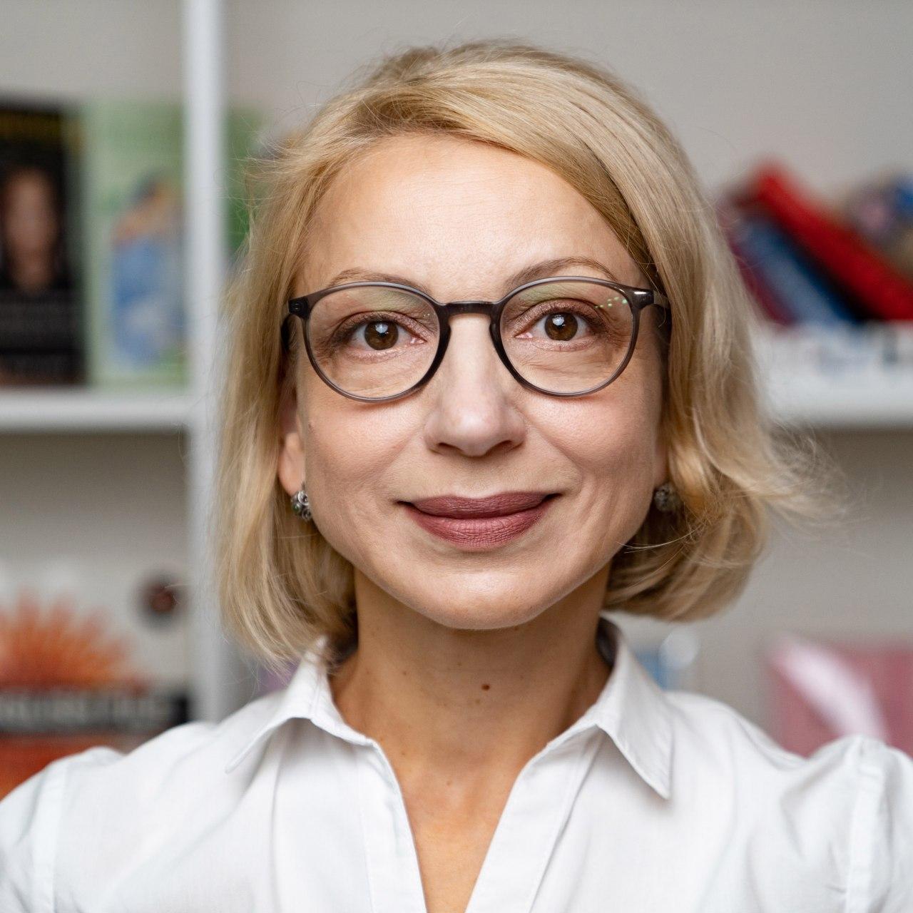 Лариса Сандий