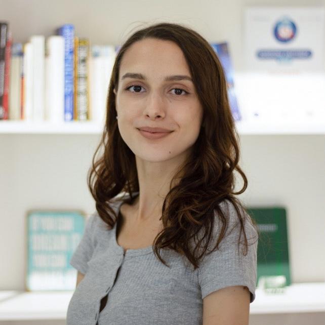 Юлия Некоз